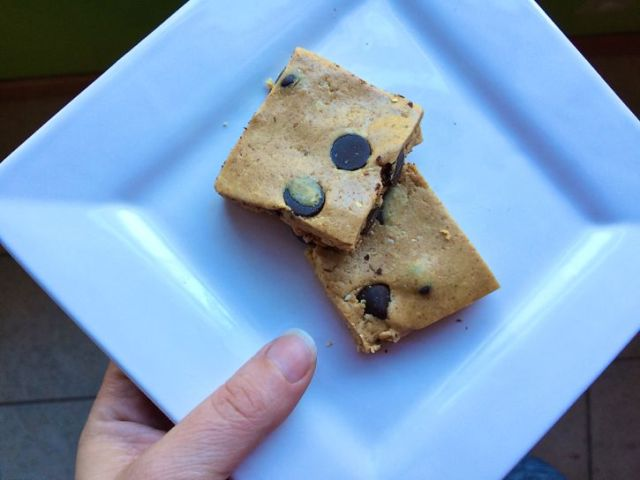 peanut_butter_cup_protein_bars